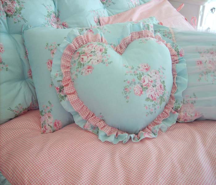 Shabby Chic Heart Pillows : Heart Ruffled Pillow