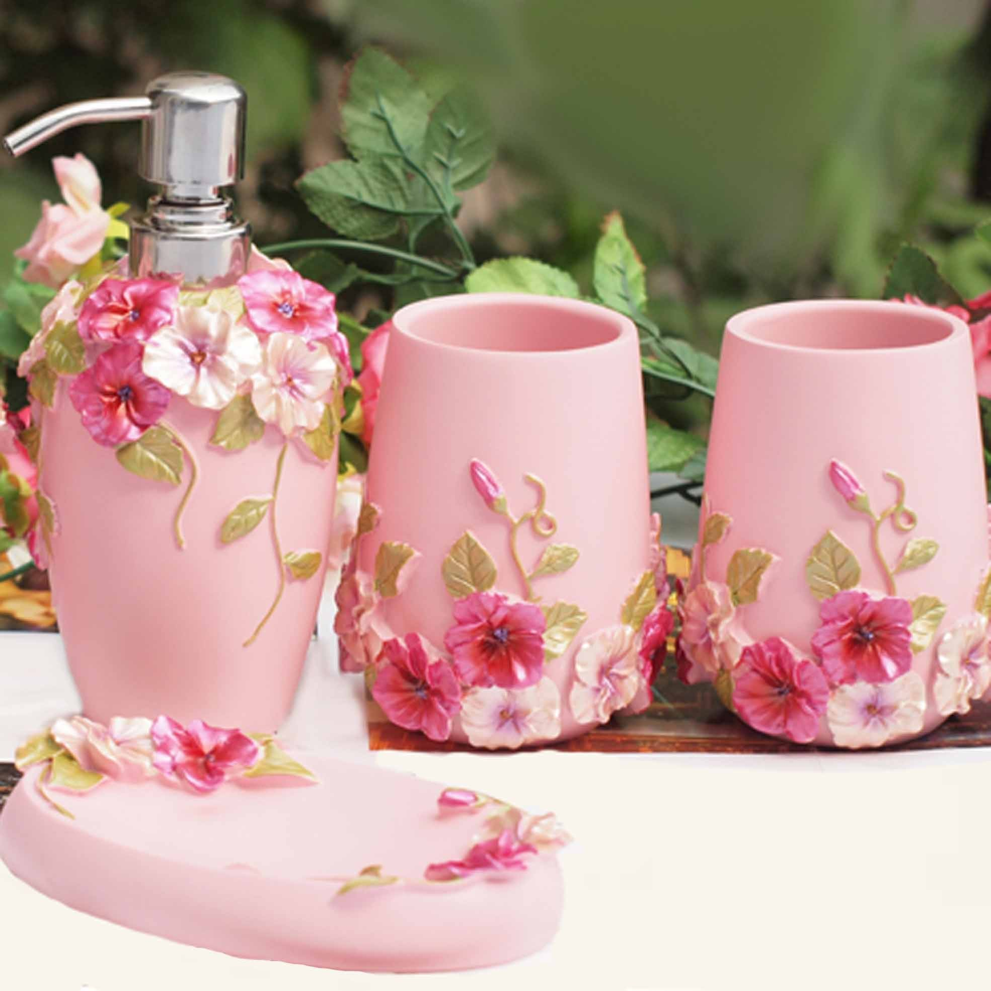 Shabby chic pink bathroom set for Bathroom accessories pink