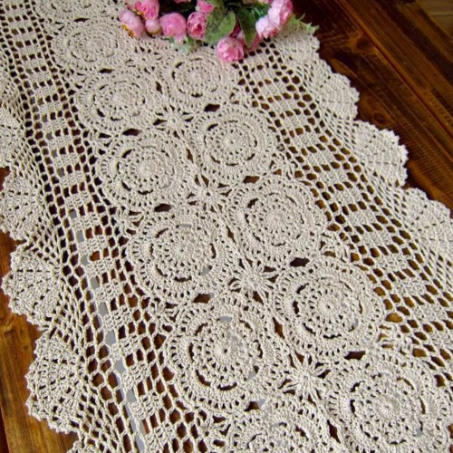 Free Crochet Patterns Runners : free crochet table runner pattern