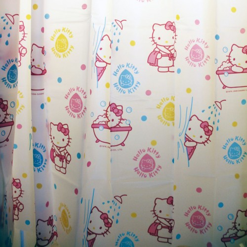 Brilliant Hello Kitty Bubble Bath Shower Curtain 500 x 500 · 62 kB · jpeg