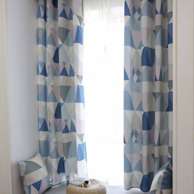 Geometry Triangle Curtain Set (pair)