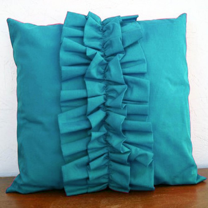 Lovely Chic Cushion Cover - Turquoise