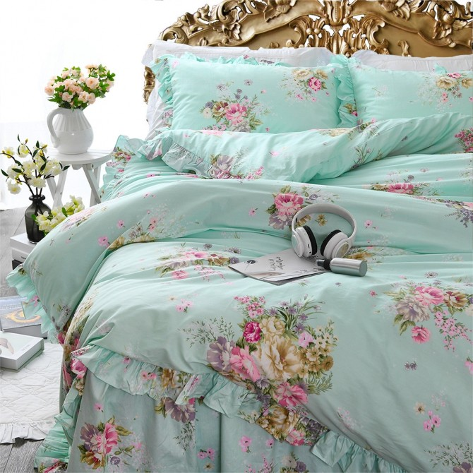 Green Roses Bedding Set