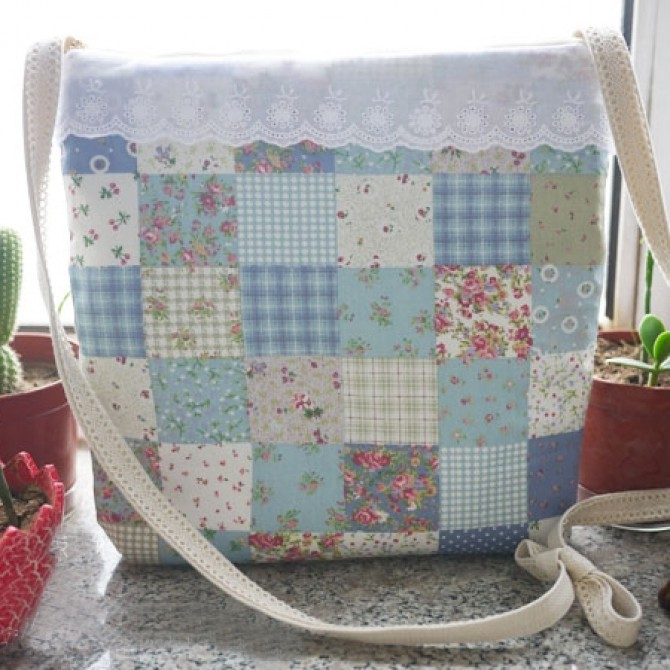 Cottage Lace Bag