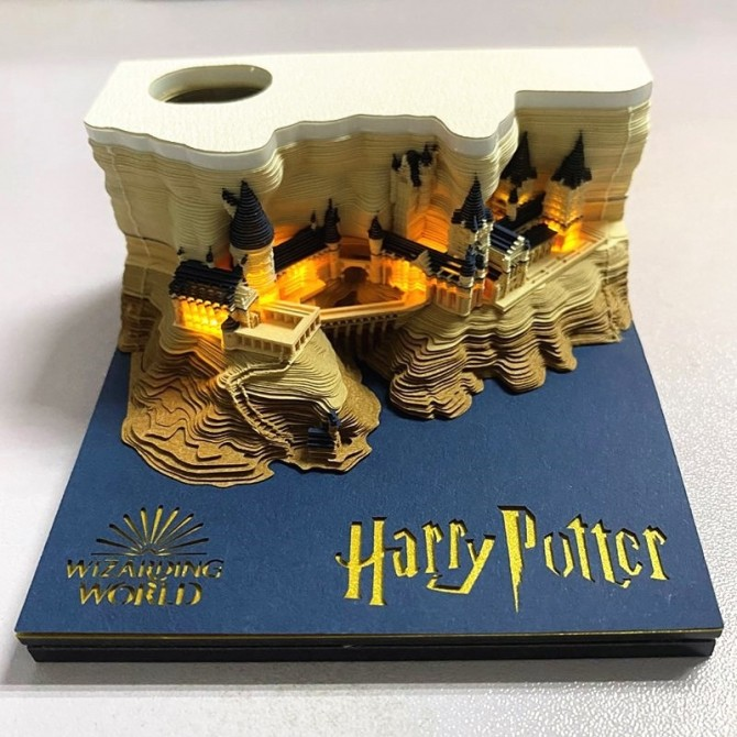 Harry Potter Memo Pad Reveals Hogwarts Castle as You Tear Away Notes