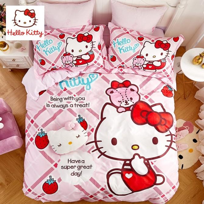 Hello Kitty Strawberry Duvet Cover Set