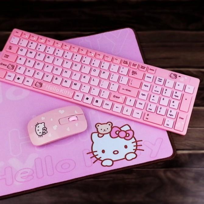 Hello Kitty Wireless USB Pink Keyboard Mouse