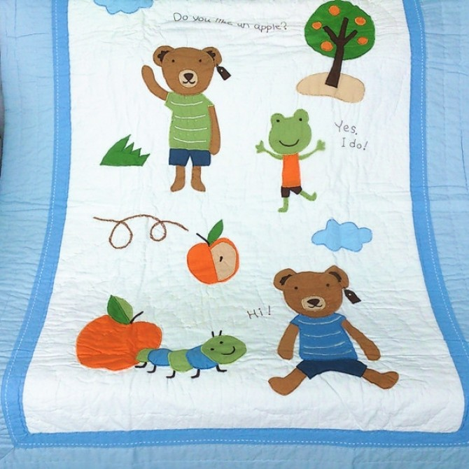 Bear with Frog Toddler Quilt Blanket
