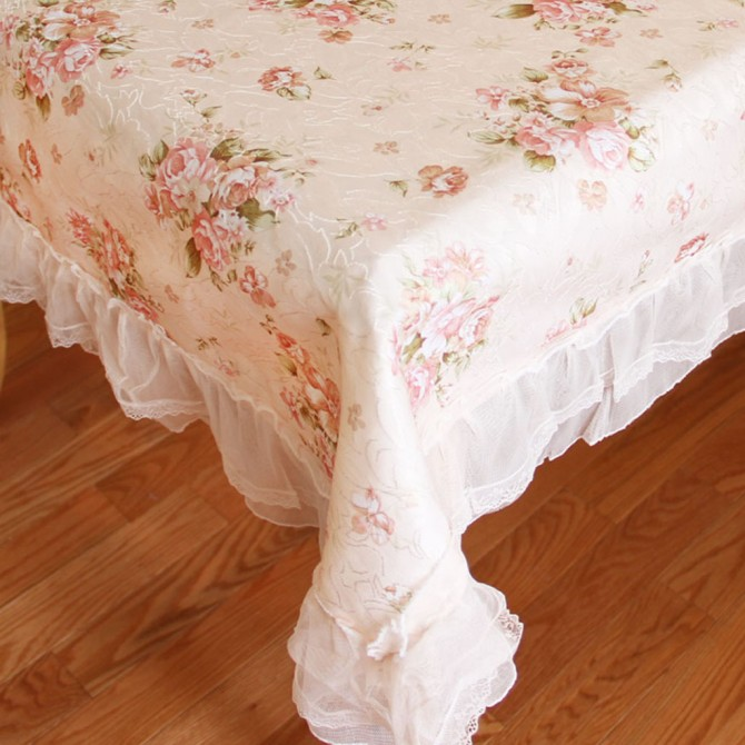 "Victorian Rose Ruffled Tablecloth 60"" x 118"""