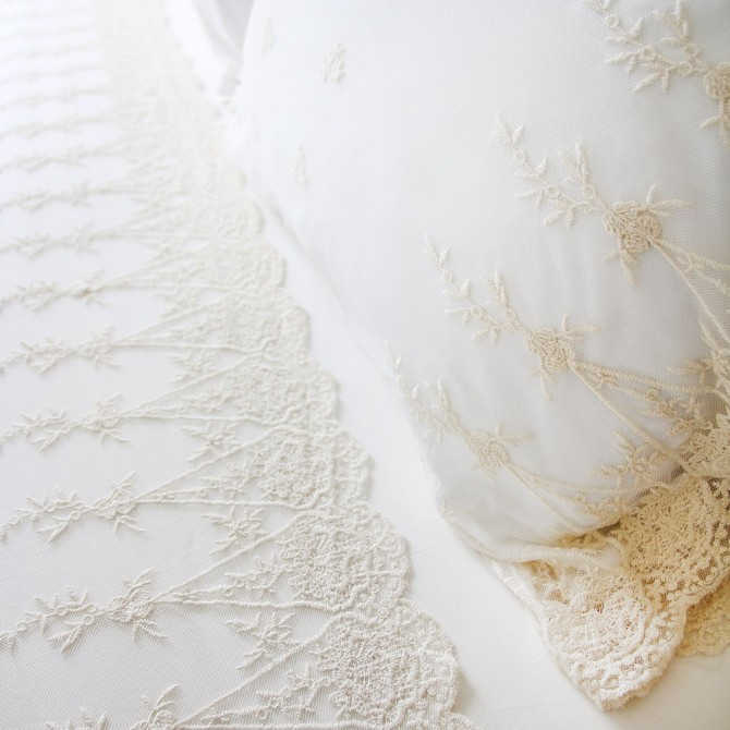 Luxury Embroidery Lace Sham