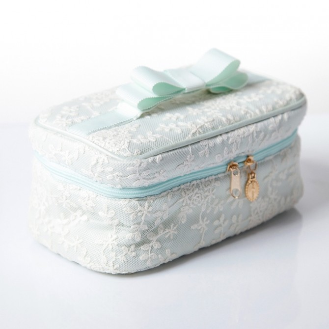 Rose Embroidered Lace Make Up Bag Zipper Closure