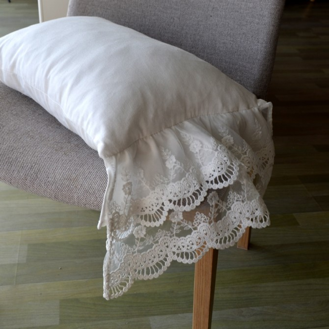 Mermaid Lace Pillow Cover