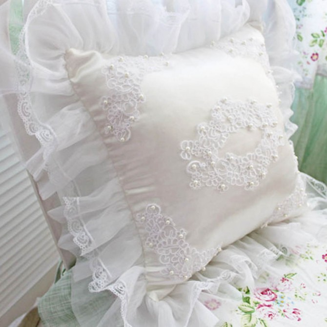 Pearl Lace Cushion Cover