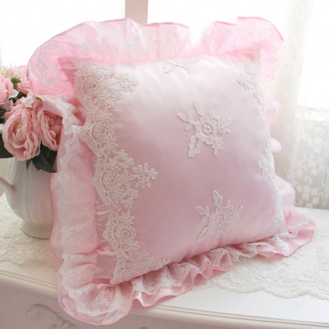 Isabella Embroidery Lace Cushion Cover