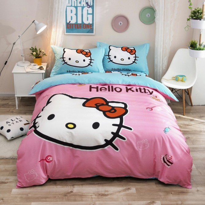 Hello Kitty with Desserts Duvet Cover Set