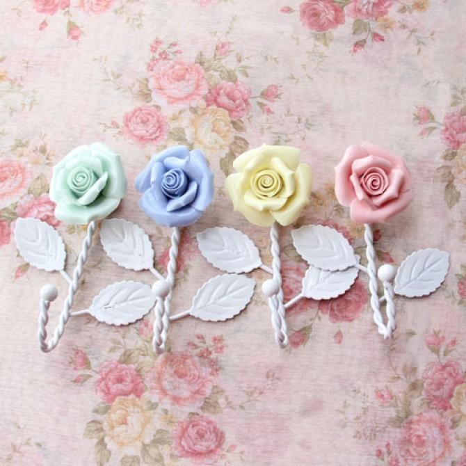 4pcs Set Rose Iron Hanger