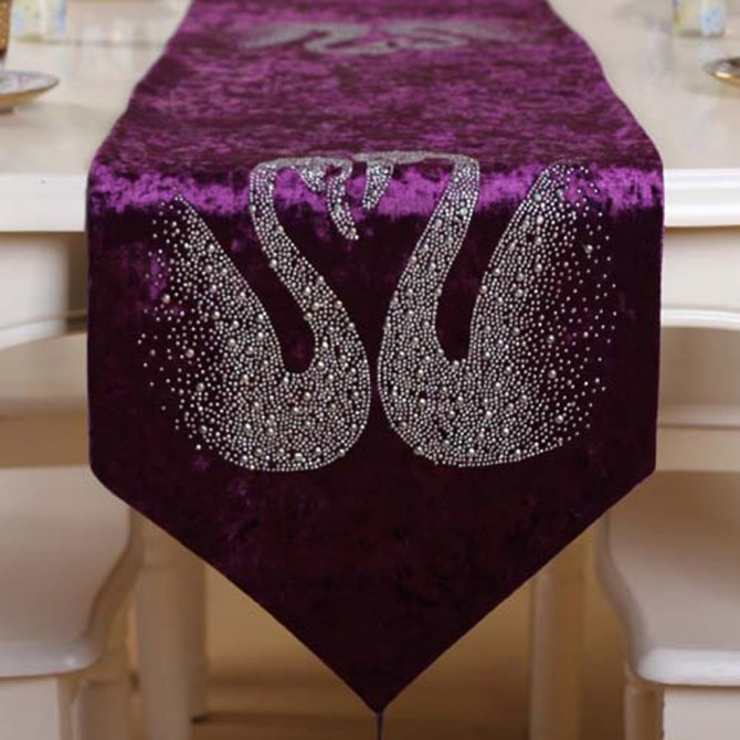 Swan Table Runner