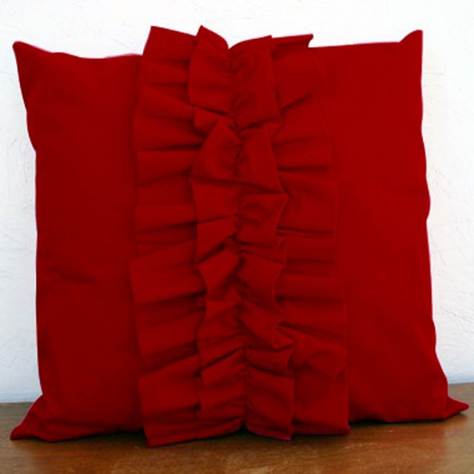 Lovely Chic Cushion Cover - Red