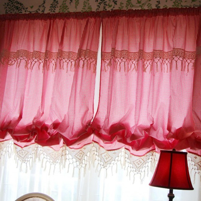 Vintage Red Checks Crochet Lace Balloon Curtain