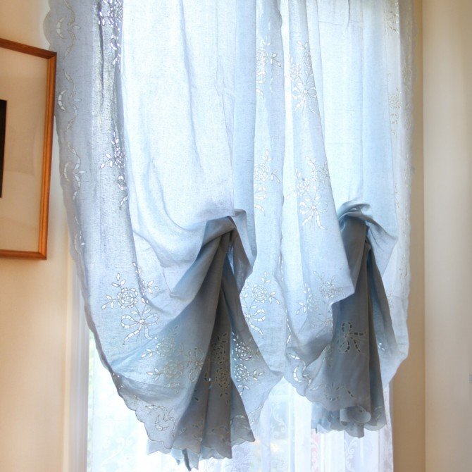 Rose Bouquet Pull Up Curtain(Final sale)