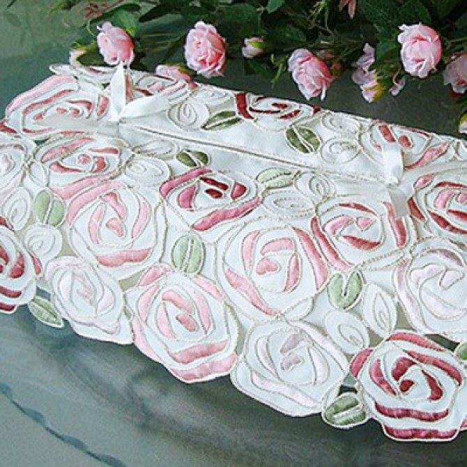 Rose Bush Decorative Tissue Box Cover