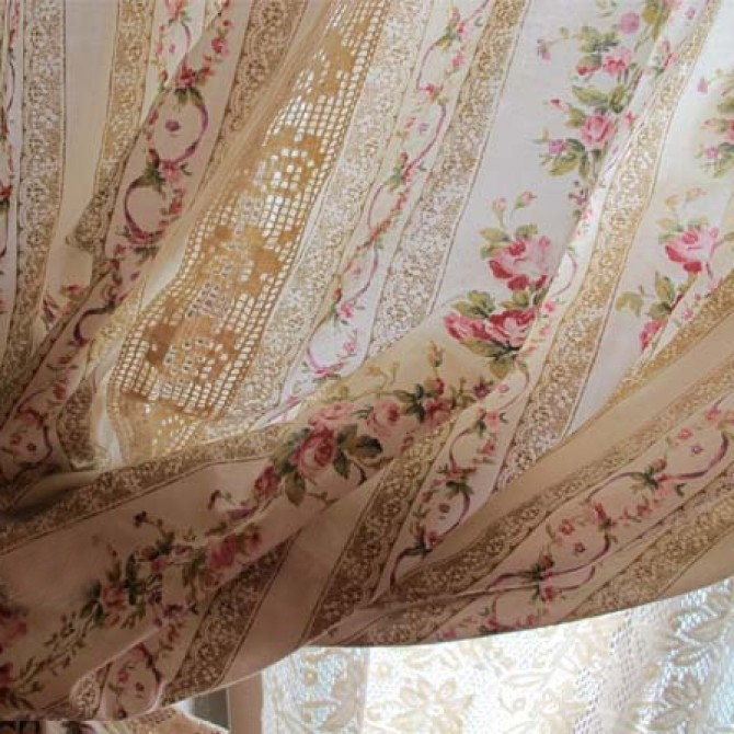 Country Handmade Quilt Curtain