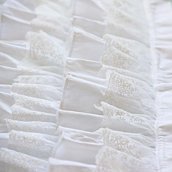 White Waterfall Ruffle Bed Runner Throw