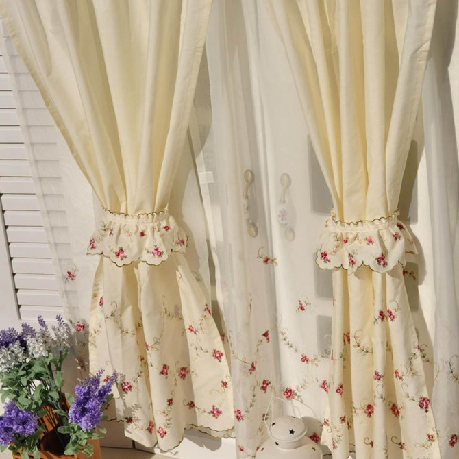 Romantic Roses Tiered Curtains