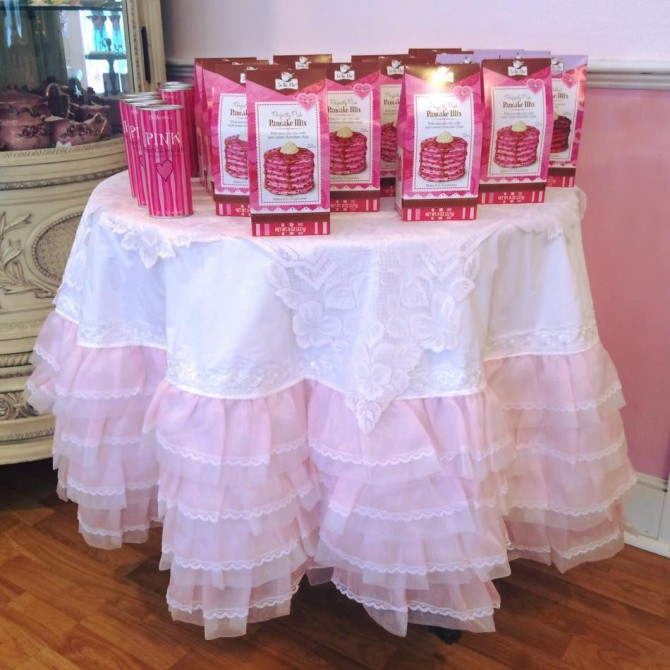 Pink Organza Ruffle Lace Tablecloth