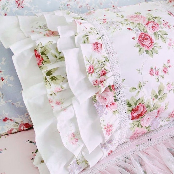 Layered Ruffle Pillow Sham, White Romance Rose