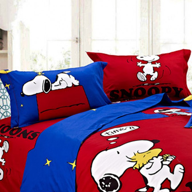Snoopy Pillow Shams (a pair)