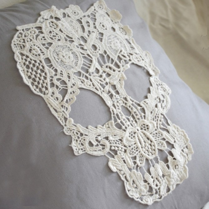 Vintage Skull Lace Accent Pillow Cover