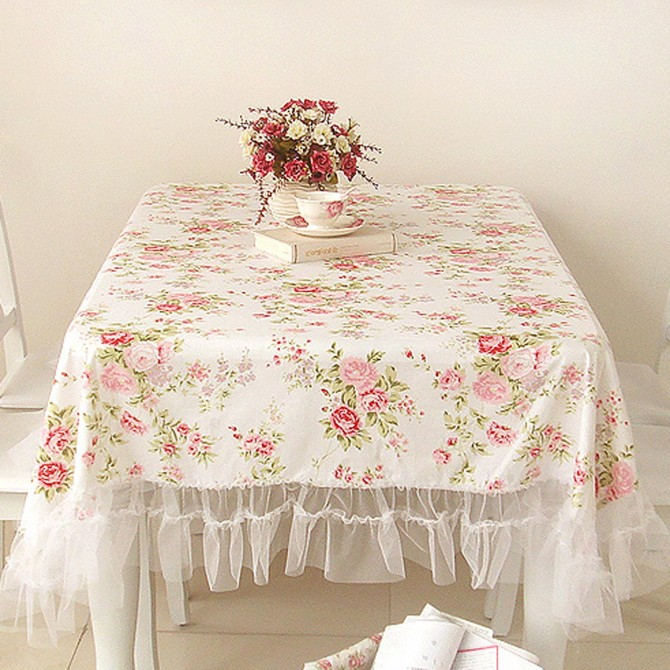 White Romance Ruffled Tablecloth