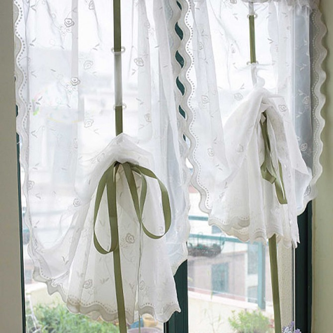Rose Embroidery Sheer Pull-up Curtain