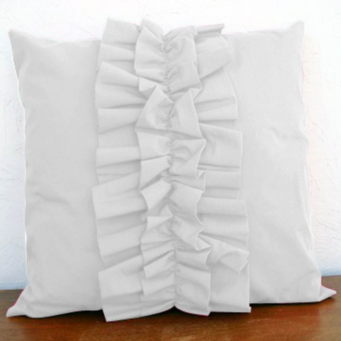 Lovely Chic Cushion Cover - White