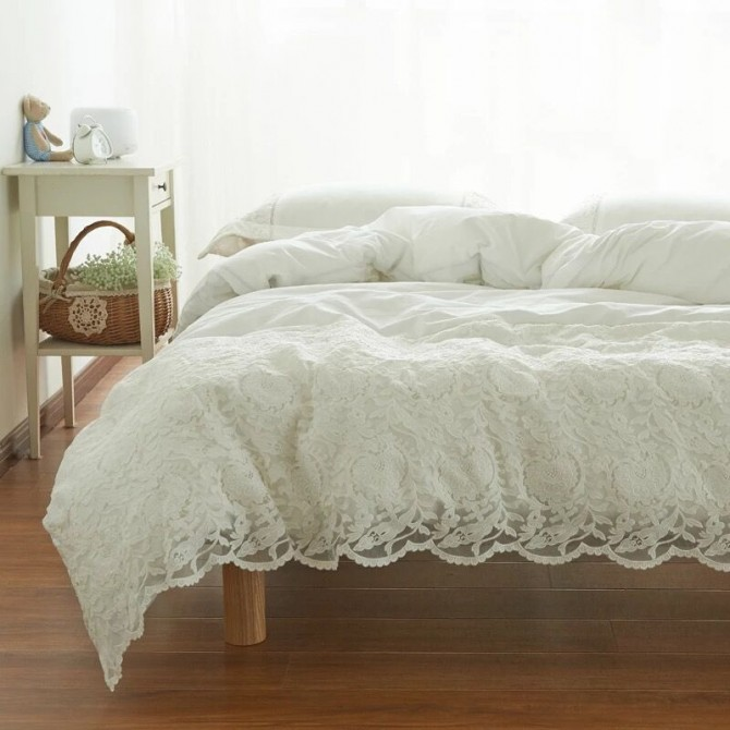 White Embroidery Lace Egyptian cotton Duvet Cover Set