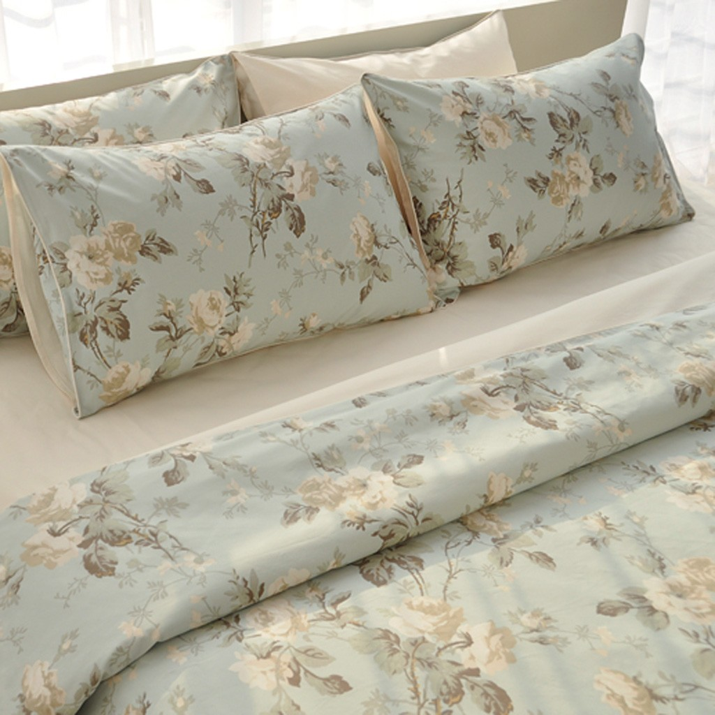Charmant Motif Rose Duvet Cover Set King Size