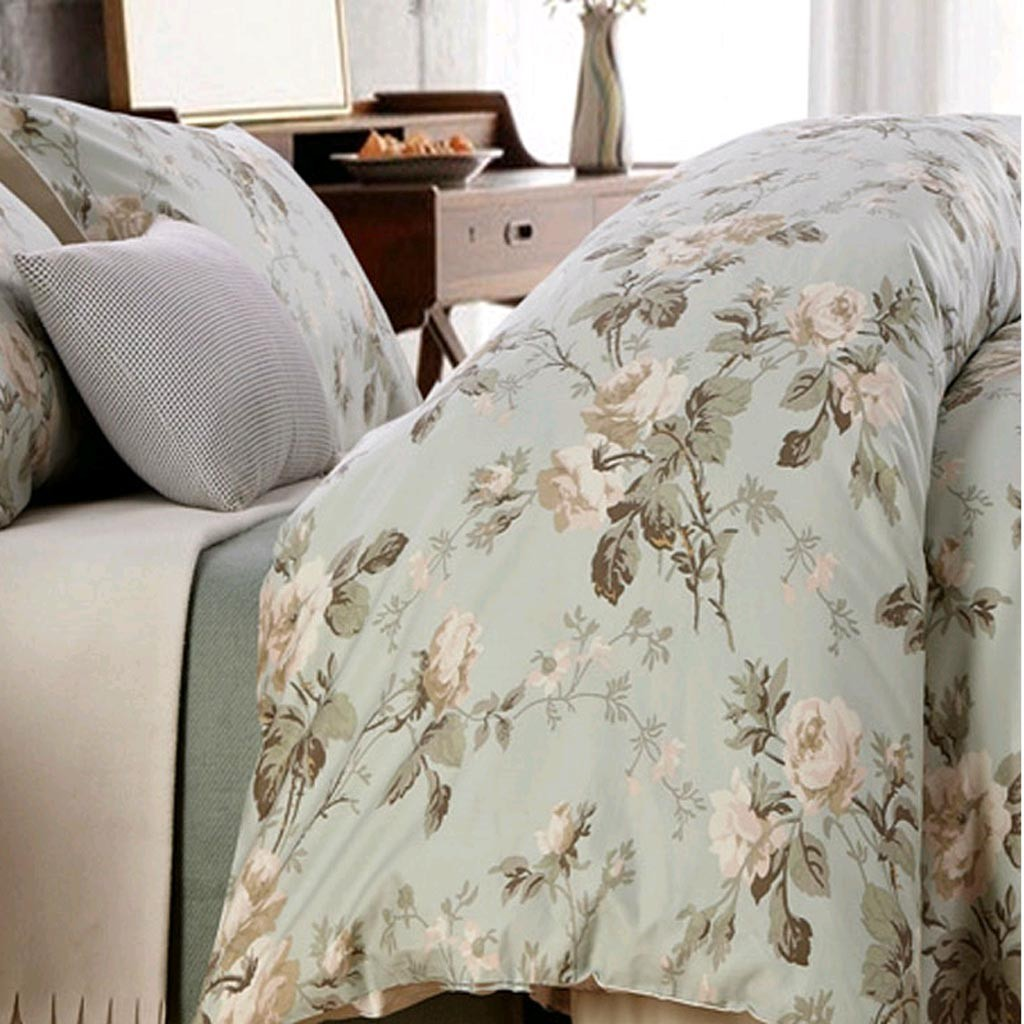 Genial Motif Rose Duvet Cover Set