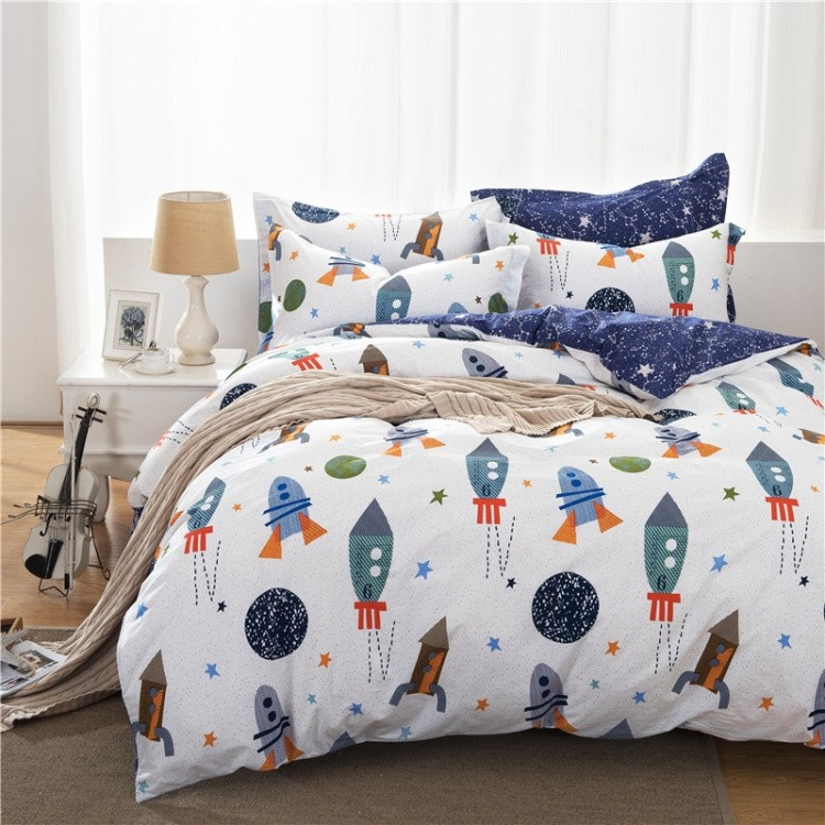 Space bedding for Childrens rocket bed