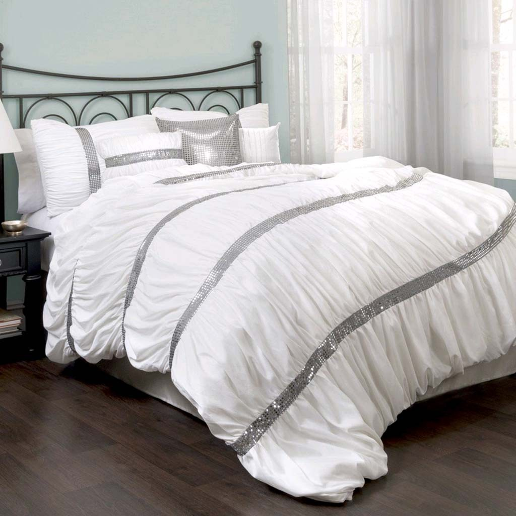 Bedding Decor: Ruched Bedding