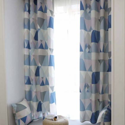 Geometry Triangle Curtain Set (pair)