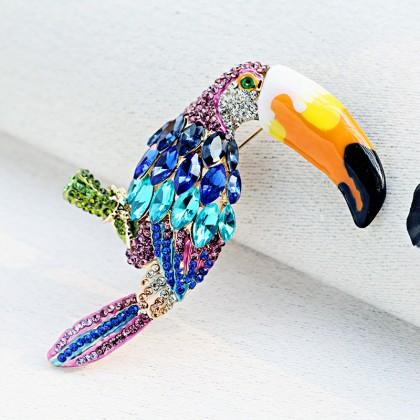 Parrot Sparkle Crystal Brooch