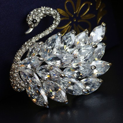 Swan Sparkle Crystal Brooch