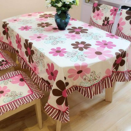 Pink Daisy Tablecloth
