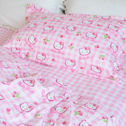 Hello Kitty Twin Duvet Cover Set