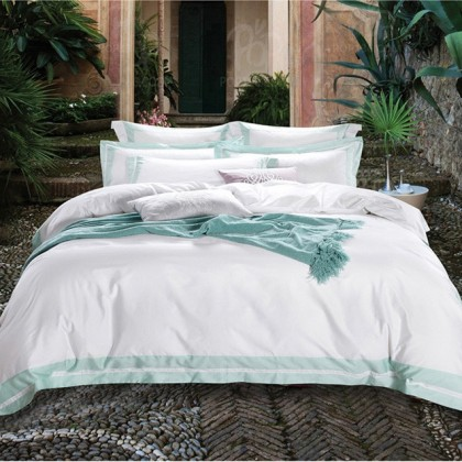 Hotel Egyptian Cotton Duvet Cover Set- Green Border