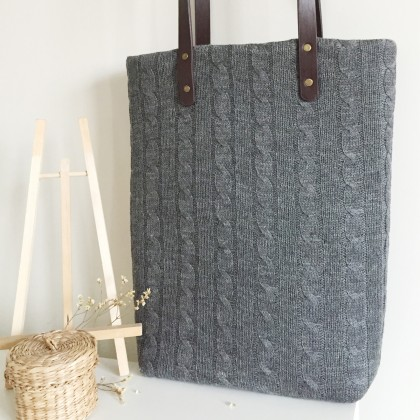 Handmade Grey Woolen Yarn Lace Tote Bag