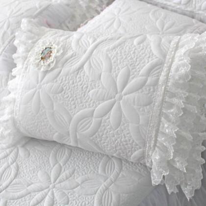 Lace Dream Pillow Sham