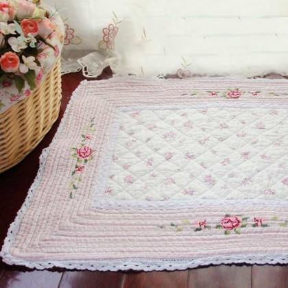 Vintage Rose Quilt Mat