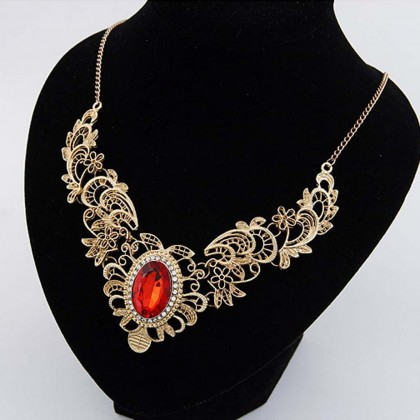 Metallic Lace Bib Necklace Red